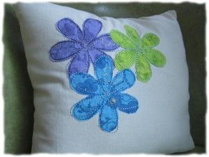 Free Doodle Daisies Includes Both Machine Applique and Fill Stitch
