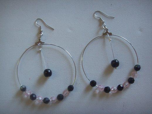 handmade earrings €7