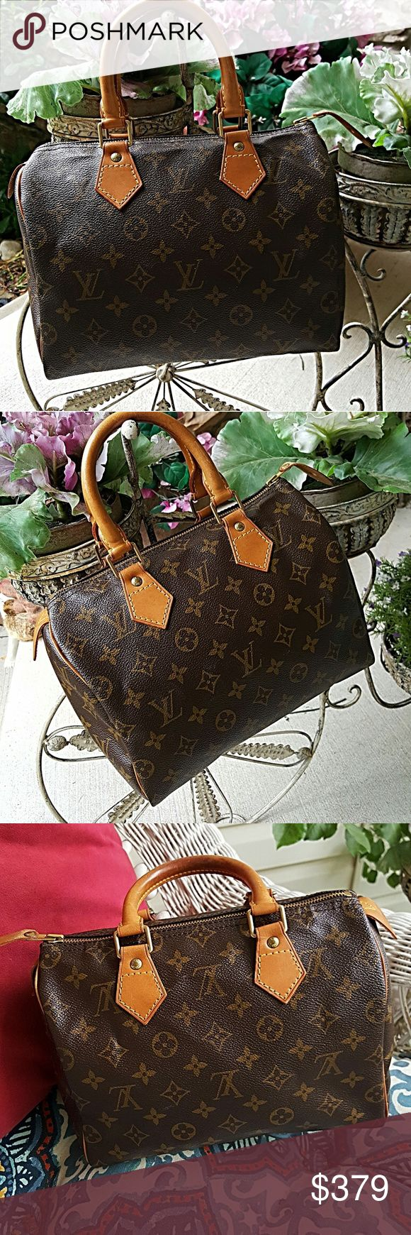 OUTSIDE PHOTOS OF LOUIS VUITTON SPEEDY 25 BAG Although it is raining today, you can tell that this bag is in great condition! Louis Vuitton Bags Satchels