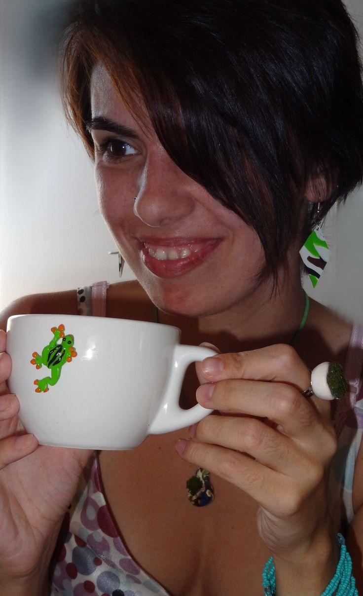 bijuterii handmade si ceasca de cafea handmade