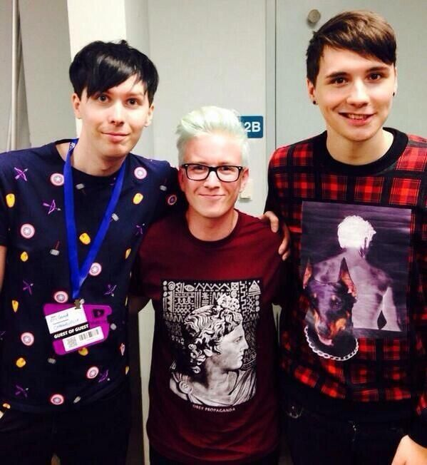 Tyler is so tiny OMG I honestly hadn't realised   this  comment isnt mine but i just have to say that it's not tyler who is small, its dan and phil that are tall.