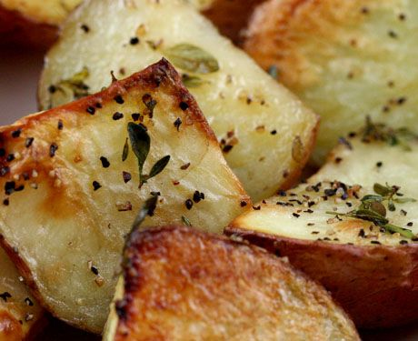 Thyme Roasted New Potatoes - olive oil recipes curated by SavingStar Grocery Coupons. Save money on your groceries at SavingStar.com: Olives Oil, Olive Oils, Grocery Coupon, American Recipes, Pomagranite Recipes, Potatoes Ric, Oil Recipes, Potatoes Yummy, Photo