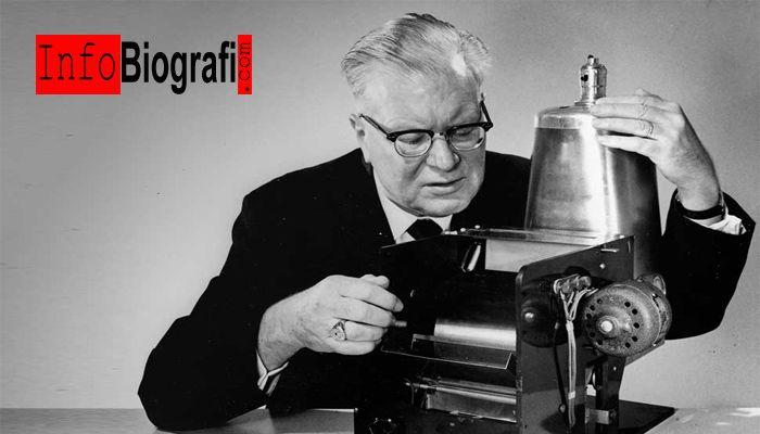 Biografi dan Profil Lengkap Chester Carlson - Penemu Mesin Fotocopy - http://www.infobiografi.com/biografi-dan-profil-lengkap-chester-carlson/