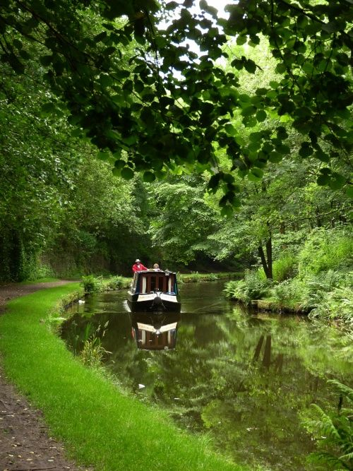 The Huddersfield Canal at Mossley, Greater Manchester A picture of: Mossley, Greater Manchester