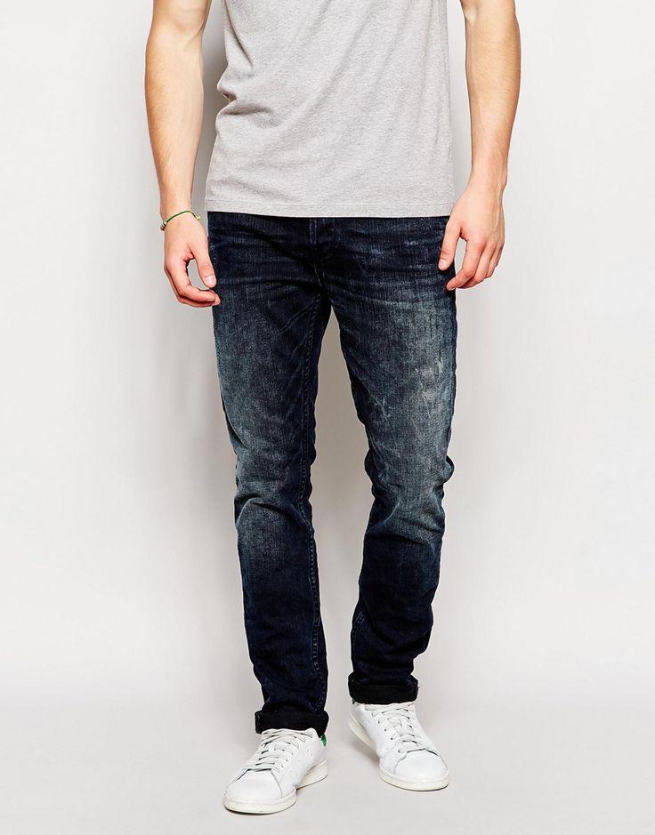"""Jeans von Only & Sons Stretch-Denim Vintage-Waschung verdeckter Hosenschlitz enge Passform Maschinenwäsche 98% Baumwolle, 2% Elastan Unser Model trägt Größe 81 cm/32"""" und ist 188 cm/6 Fuß 2 Zoll groß"""