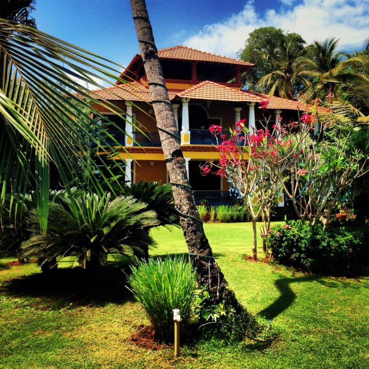 Goa Homestay - This holiday in Goa, rent a magnificent water front Portuguese Estate on the banks of the Chapora river and a two minute walk to t...