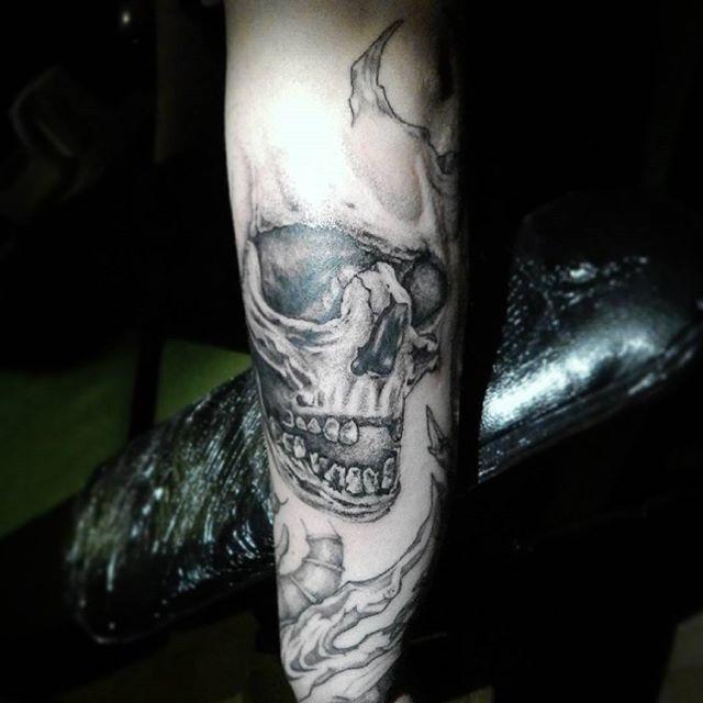 skull \ art \ tattoo