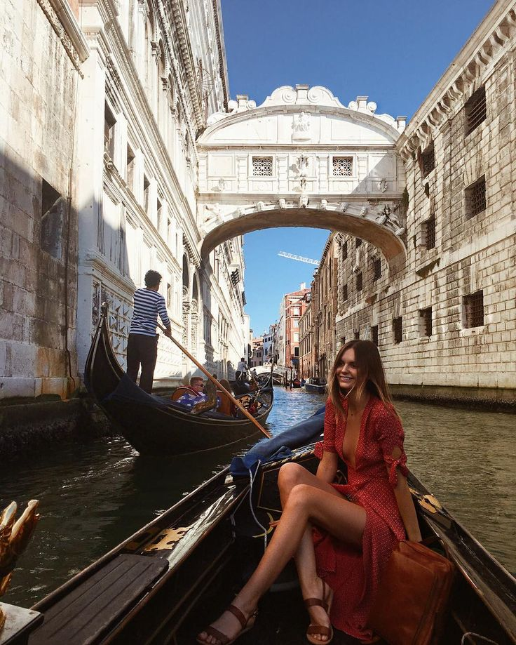 Gondola ride under the Bridge of Sighs ❤️ Venice,Italy  // by Jessica Stein (@tuulavintage)