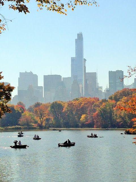 New-York central park promenade en barque sur le lac