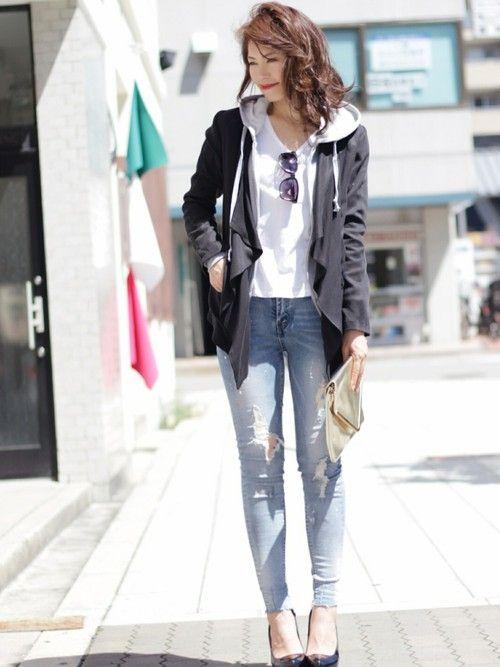 テーラードジャケットを羽織ることにより、 できる女にみえますよね。笑 できる女風にみせたり、 かっこよくハンサ…