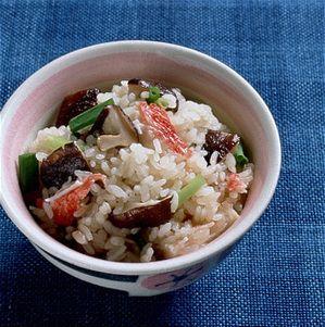 かに風味かまぼこ入り焼きしいたけご飯 | 千葉道子さんのレシピ ...