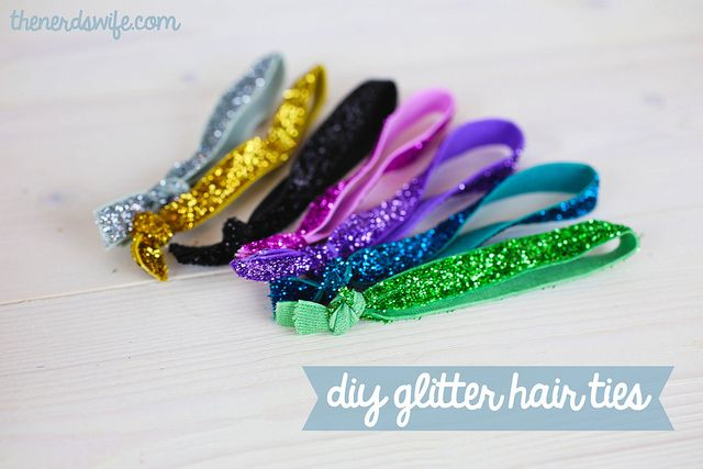 THE nerd's wife DIY Glitter Hair Ties {Anthropologie Inspired} | May 1, 2013 | http://thenerdswife.com/2013/05/diy-glitter-hair-ties.html