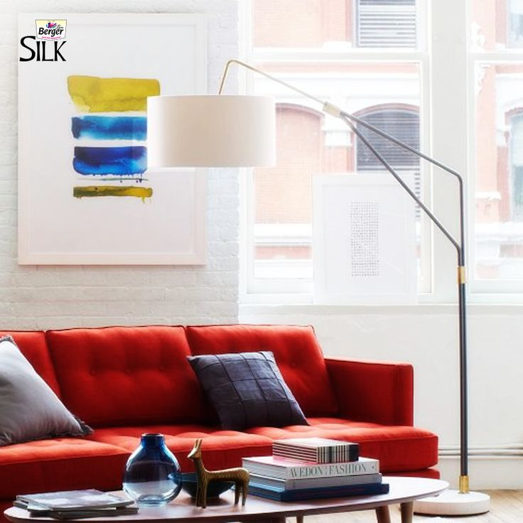 Hang artwork at the right height. Remember: It needs to relate to human scale, not the structure's scale. #HomeDecor #TipsAndTrends #HomeSweetHome #DuniyaDekhegi #Art