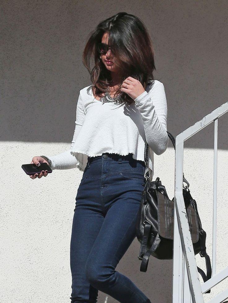 Selena Gomez High Waist Casting Call - http://oceanup.com/2014/02/03/selena-gomez-high-waisted-casting-call/