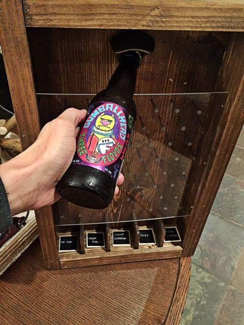 Bouteille à bouchon de bière Plinko Drinko jeu w / tableau catégories 20