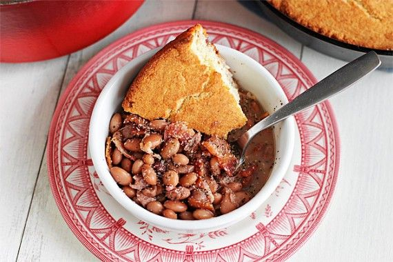 Soup Beans and Cornbread | Ezra Pound Cake. A homey Southern meal in a bowl.Appalachian Food, Beans Soup, Pinto Beans And Cornbread, Favorite Recipe, Skillets Cornbread, Comforters Food, Bean Soup, Corn Breads, Soup Beans And Cornbread