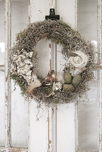 Instantly captivating, deeply beautiful rustic, wilderness inspired holiday wreath decor.