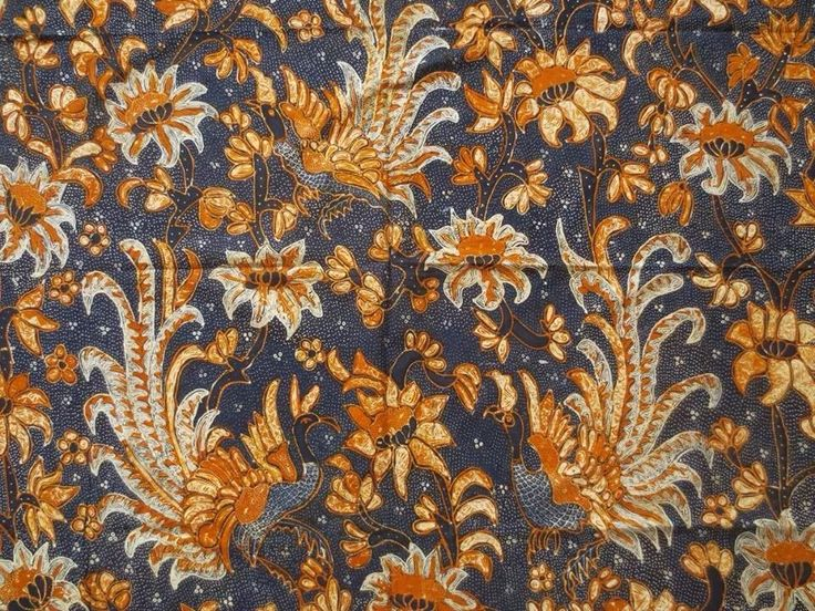 Batik Tulis Solo Lawasan Pagi Sore. Hand-drawn vintage batik cloth from Solo. Private collection of Arief Laksono.