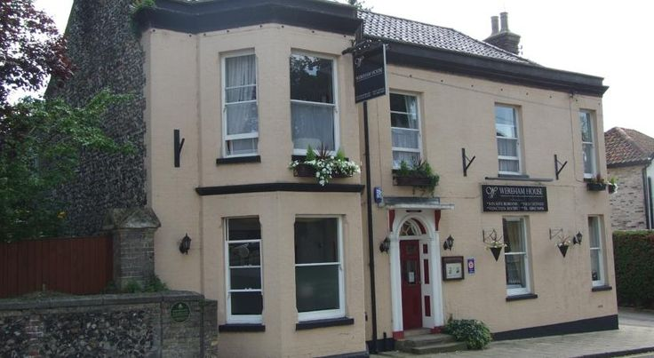 Wereham House Thetford This bay-fronted Victorian property is located in Thetford town centre. Just off the main A11 road to Norwich, Wereham House offers full cooked breakfasts and free fibre optic broadband.
