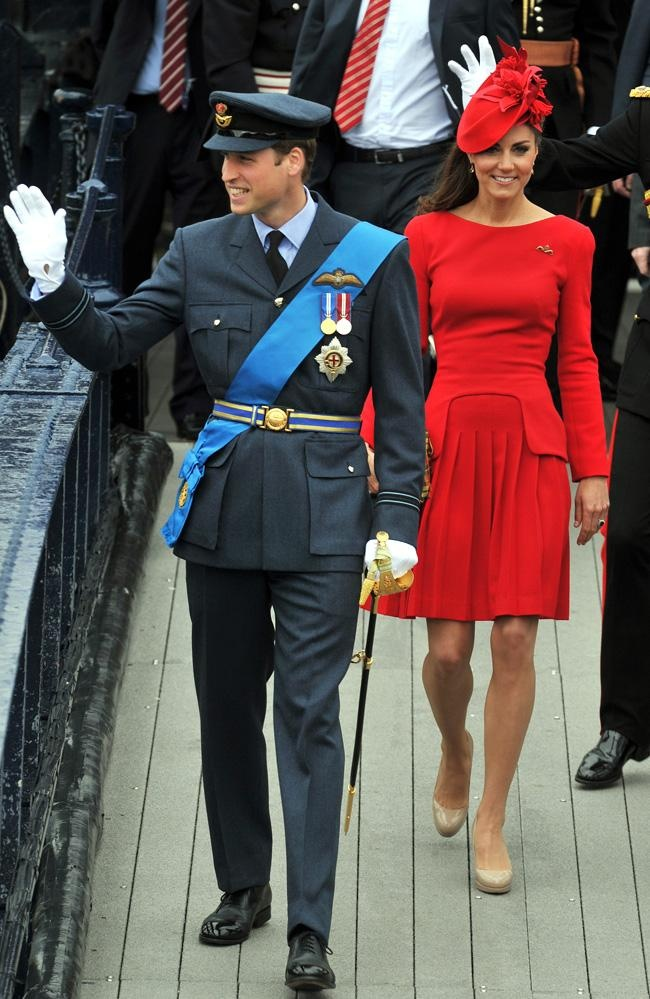 9196b7ad04858 The Duchess of Cambridge in Alexander McQueen... Idk