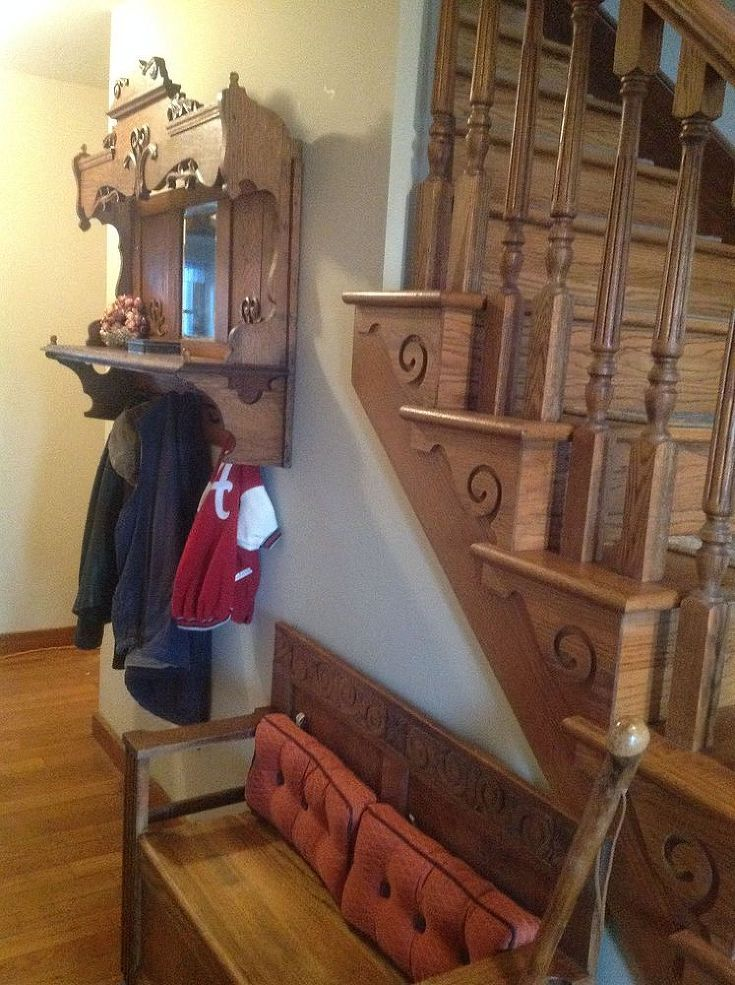 Hometalk :: Repurposing an Antique Pump Organ Hutch into a Coat Rack