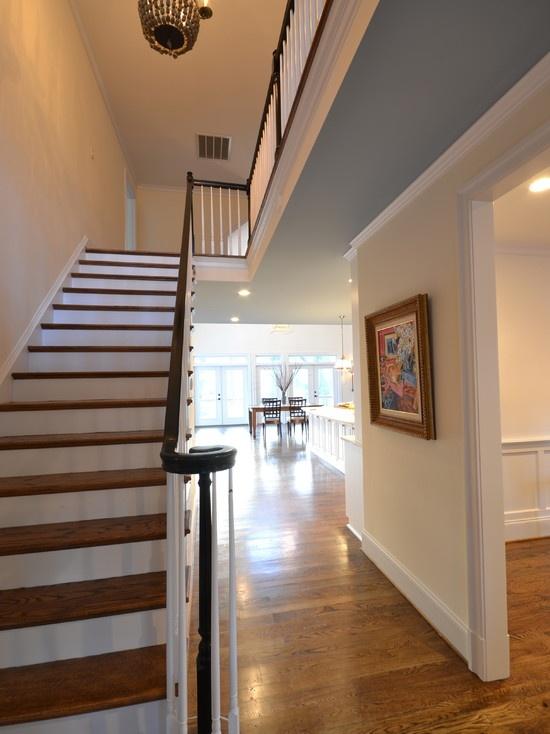 floors: Dining Rooms, Foyers Ideas, Decor Ideas, Fabulous Foyers, Bees Houses, Paintings Colors, Neutral Wall, Blue Ceilings, Dash Decor