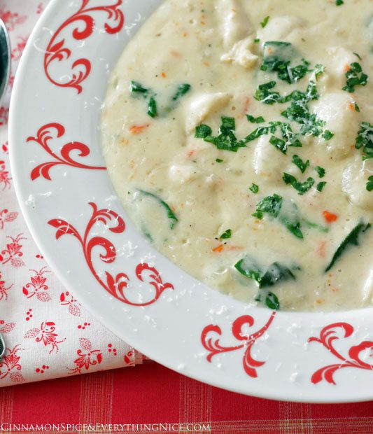 Chicken Gnocchi Soup (Olive Garden Copycat) Oh my god! I've been waiting for this to pop up on Pinterest! My most favorite soup ever!