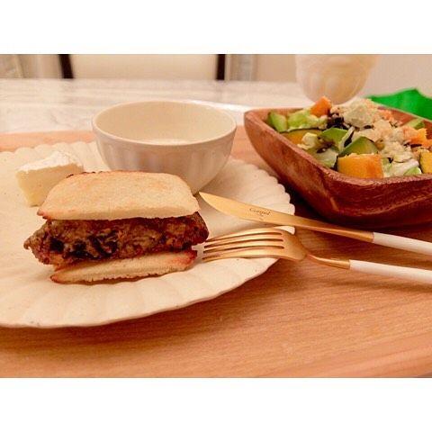 2016/04/26 #Dinner Mackerel Hamburg Hot Sandwich Avocado Potato Salad-Pumpkin-Spring Cabbage-Seaweed Salad Camembert Soft Boiled Egg 鯖ハンバーグ米粉パンサンドアボカドと南瓜とひじきとポテトと春キャベツサラダカマンベール温泉卵  #homemade #dîner #cooking #abendessen #cena #japan #japon #giappone #japanese #japanesefood #かょちゃんごはん #bulletproofdiet #Glutenfree #keto #ketosis #avocado #edrecovery #anarecovery #26042016 #sandwich #salad #egg by yamamo_23