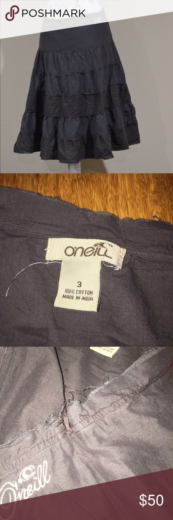 """O'Neil Charcoal and brown Skirt Waist 15"""" flat across. Length 23"""" from waist to hem. Style intentionally has an unfinished look. Skirt is lined, has hidden zipper on side, and some natural volume. Majority of skirt is charcoal, rest is brown. 100% cotton. No sure I really want to part with this one but it will sell at the right price. EUC No rips or stains. 🐸Ask about custom bundles for better discount.🐸 O'Neill Skirts A-Line or Full"""