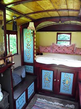 English Gypsy caravan, Gypsy wagon, Gypsy waggon and vardo