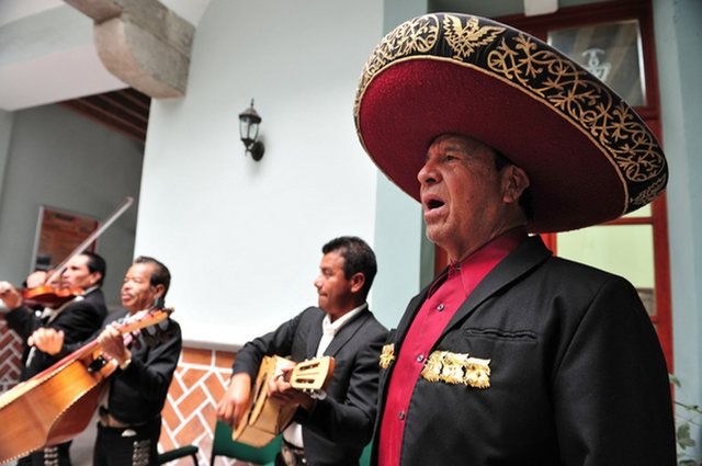 Mexican Culture: Customs & Traditions | http://sibeda.com/mexican-culture-customs-traditions/