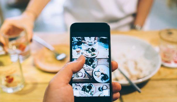 Avec ces quatre nouvelles applis gratuites, fini les noms de restaurants grifonnés sur un bout de papier ou la panne d'inspiration.