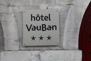 http://www.booking.com/hotel/fr/vauban-besancon.fr.html?aid=339530