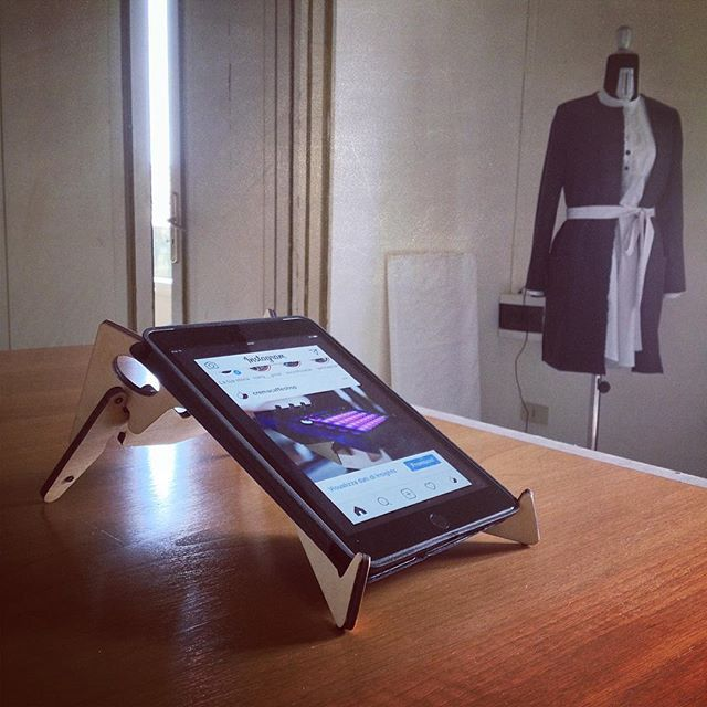 """KOLIBRI stand & iPad mini at the new Atelier / Art Gallery 
