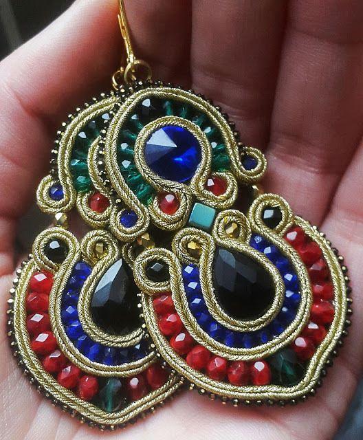 biżuteria soutache, haft koralikowy, torby z filcu: Kolorwe