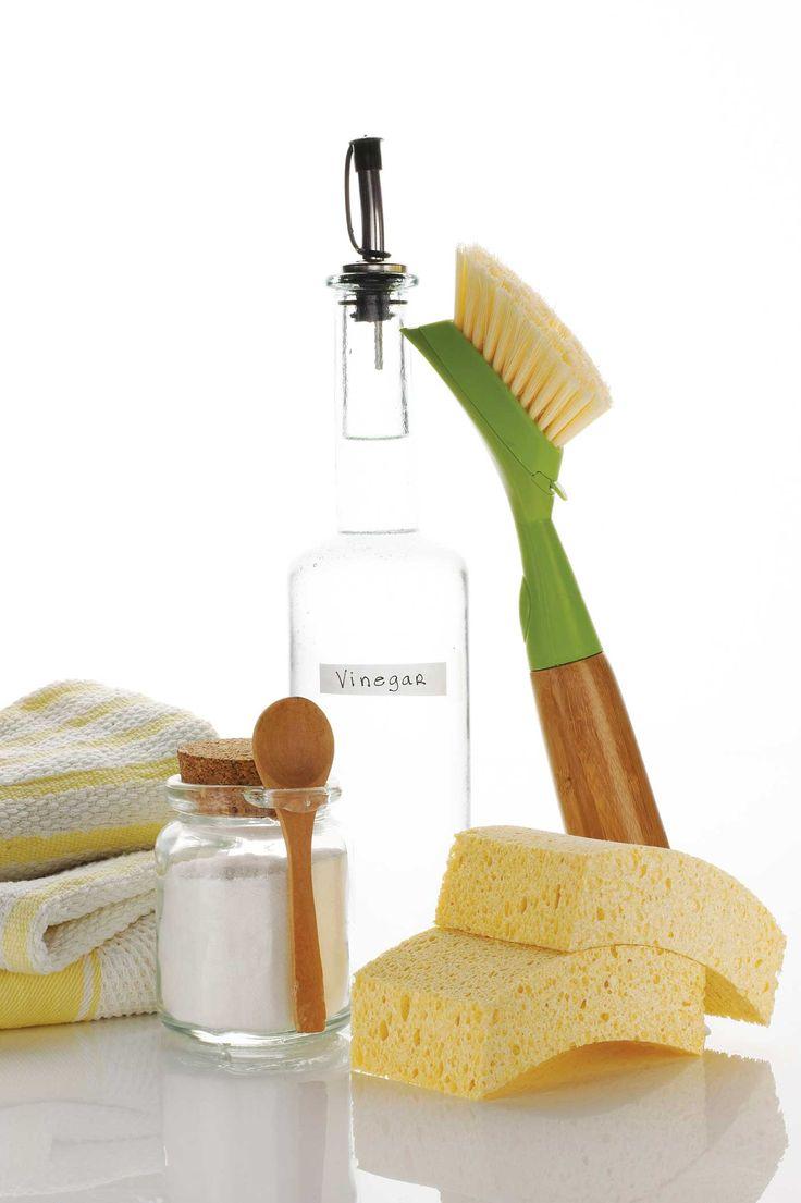 Versatile Vinegar - Healthy Home - 17 uses for vinegar around the house.