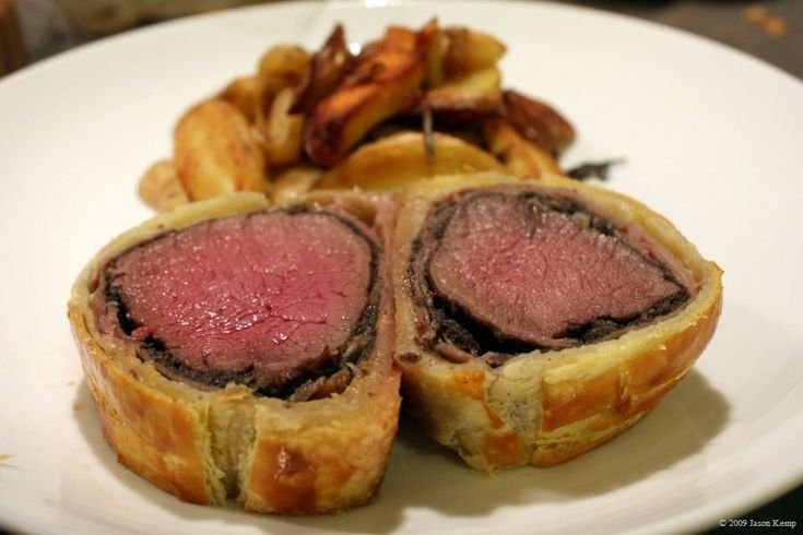 Beef Wellington is my Everest for cooking and one of the hardest dishes to make (according to Gordon Ramsey) and I will get this done one day