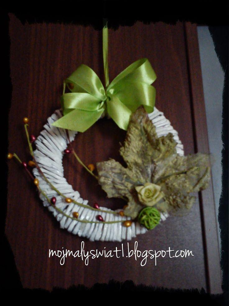Mały wianek z papierowej wikliny - Mama-Kreatywna