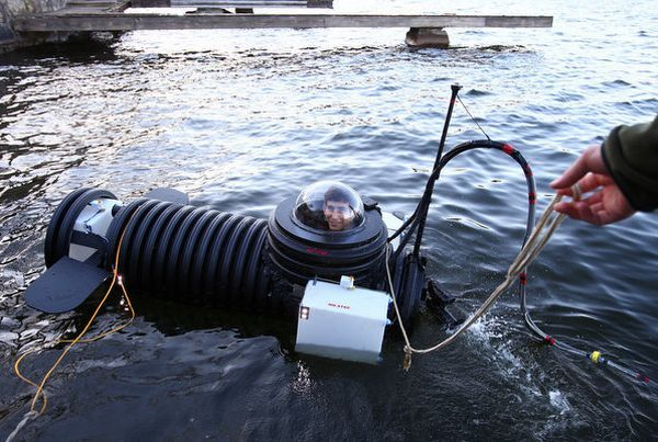 Justin Beckerman, an 18-year-old student at Mendham High School in New Jersey has built himself a fully-functional one-man submarine, which he has taken up to six feet underwater. Justin has been building miniature jet-engines, remote controlled cars and vacuums etc from household scrap since childhood. His fascination for subs has got him to attempt it twice before, this one is his best attempt at it. The sub is made out of grooved plastics and uses some other readily available scarp items.