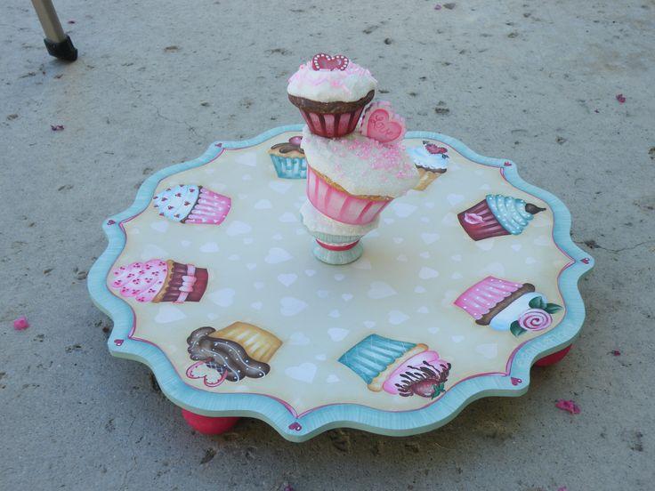 Valentine Cupcake holder - Sandy LeFlore