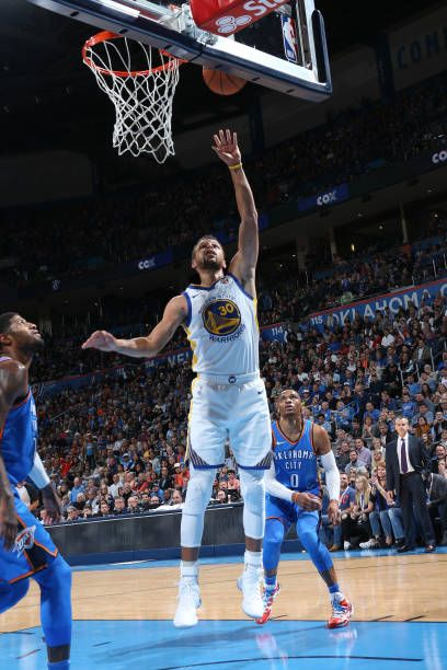 Stephen Curry of the Golden State Warriors shoots the ball against the Oklahoma City Thunder on November 22 2017 at Chesapeake Energy Arena in...