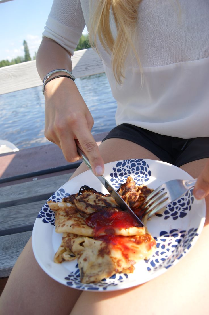 """Finnish summer delicacy """"lätty"""" pancake with strawberry jam. Yummy! #summer #food   ©MarikaLindström (photoshoot: summer pics for Levi)"""