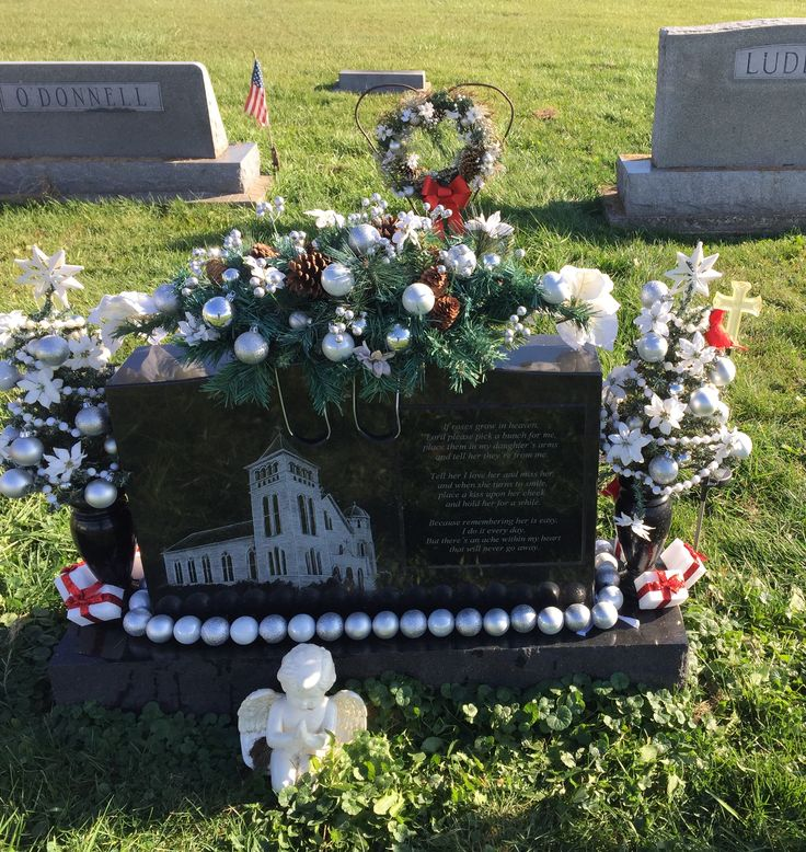 Christmas decorations for gravesites crafts for for Grave decorations ideas