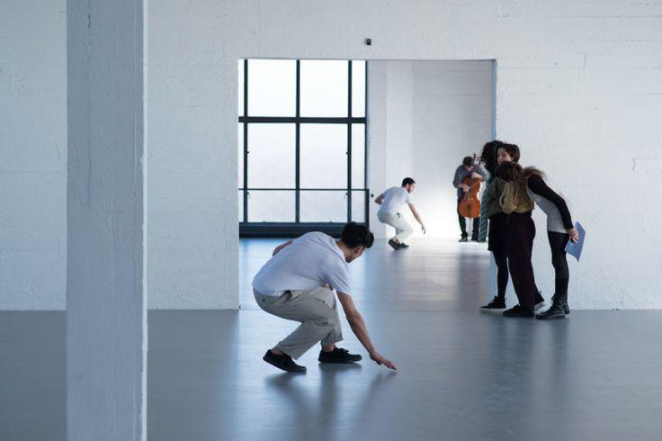 Le corps à l'oeuvre | Mu-inthecity.comWork/Travail/Arbeid, A.T. De Keersmaker, Wiels, (c) photo: Anne Van Aerschot