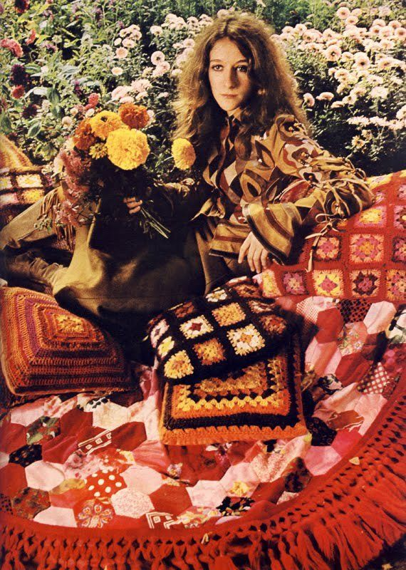Vogue 1970 - Alice Ormsby-Gore in Bill Gibb for Baccarat