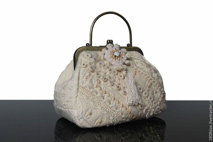 Купить Сумочка на выход, Винтажный стиль, вышивка, Сваровски - кремовый, сумочка театральная, вечерняя сумочка
