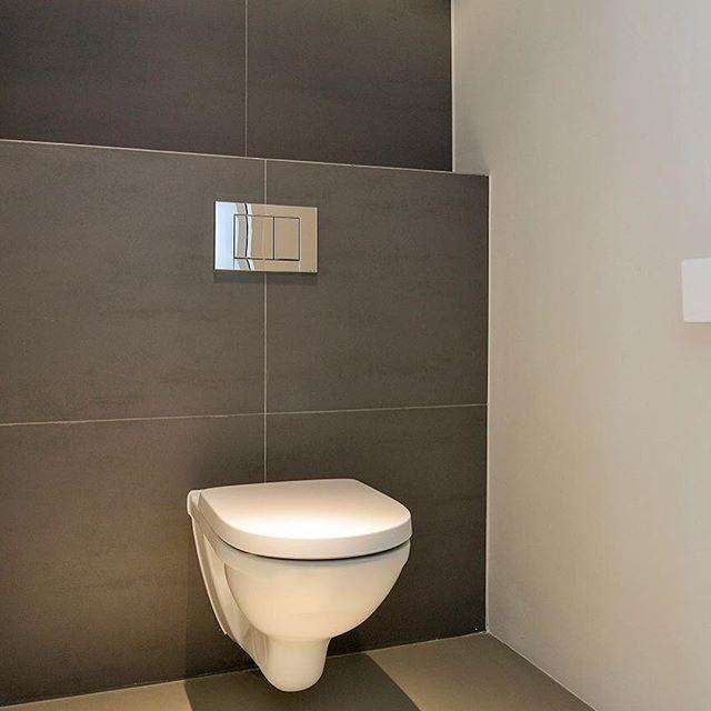 25 beste idee n over toilet beneden op pinterest kleine toiletruimte toiletruimte en wc - Decoratie van toiletten ...
