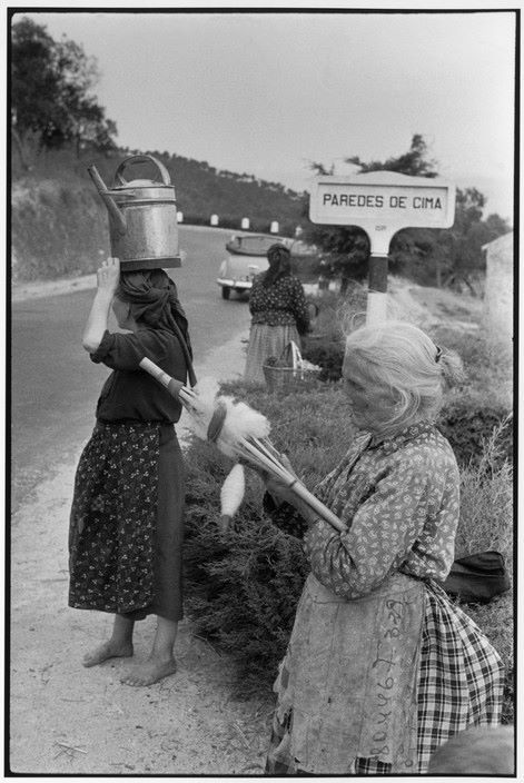 Master Henri Cartier-Bresson a visit to Portugal, 1955. Paredes de Cima, naer Amarante. 1955. via https://www.facebook.com/photo.php?fbid=980938448614509&set=a.980921718616182.1073742092.100000950887194&type=1&theater