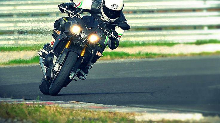 Prova: Aprilia Tuono V4 R ABS   Immagine 1 di 27 #aprilia #moto #superbike