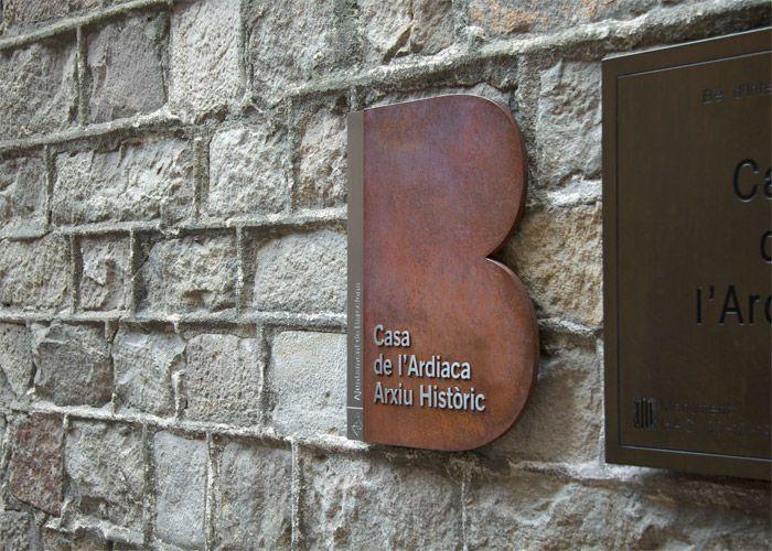 Ajuntament de Barcelona / B de Barcelona signae / Signage